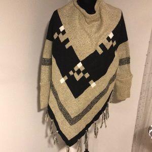 Sweater/shawl
